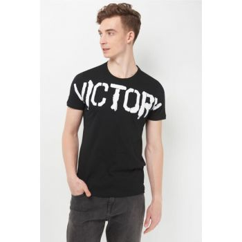 Men's Victory Printed Black T-Shirt 065527-900