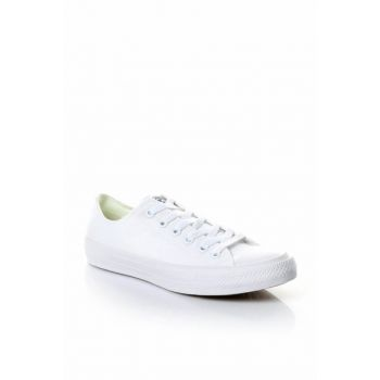 Unisex Chuck Taylor All Star UniseWhite Sneaker 150154C-S
