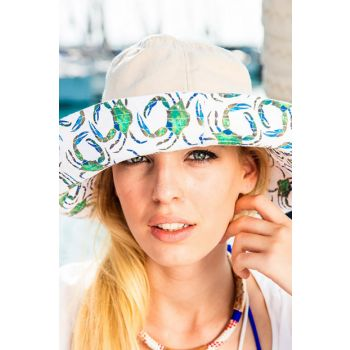 AnemosS Green Crab Women's Hat by Gamze Yalçın BGD322001917