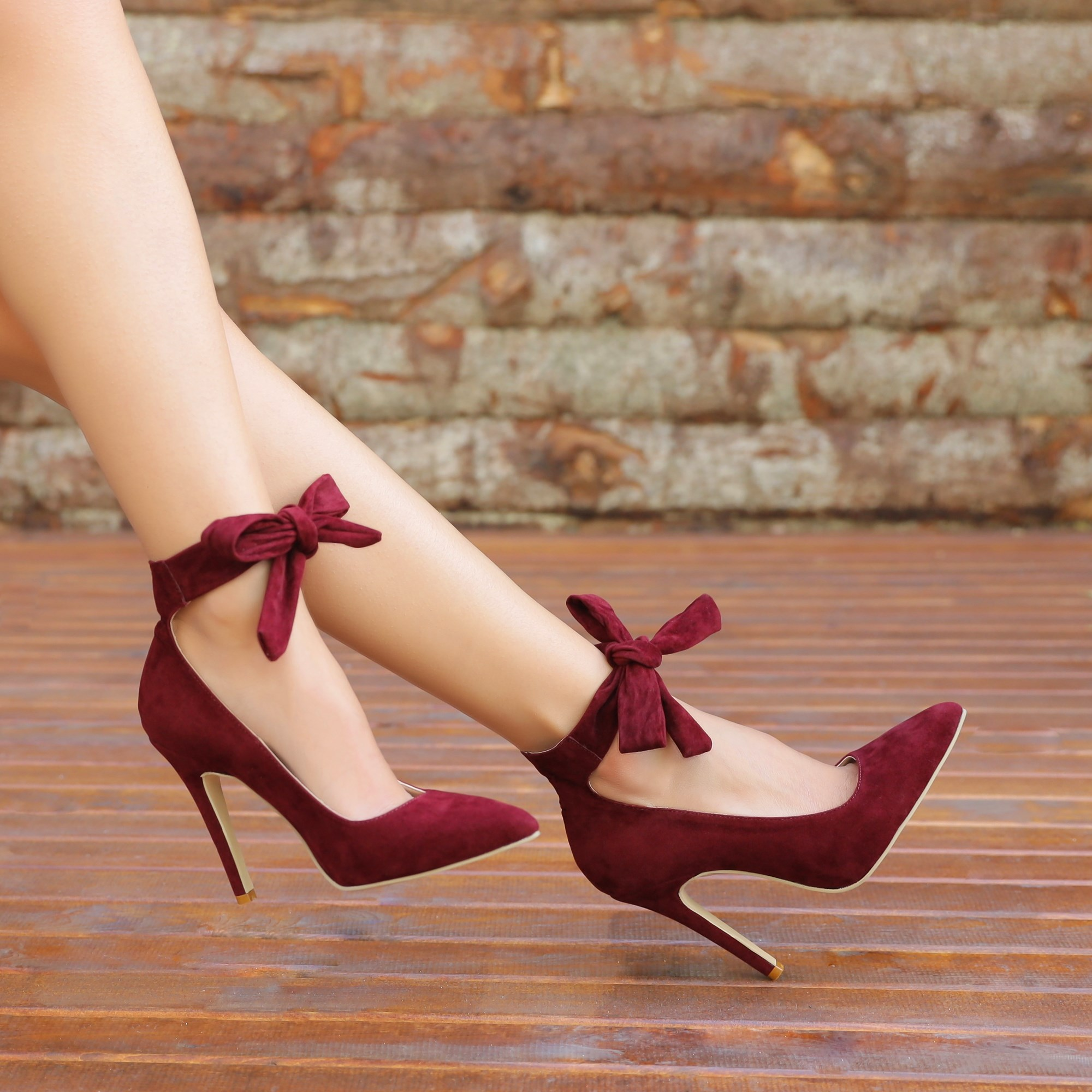 Pasito Plum Color Binding Stiletto
