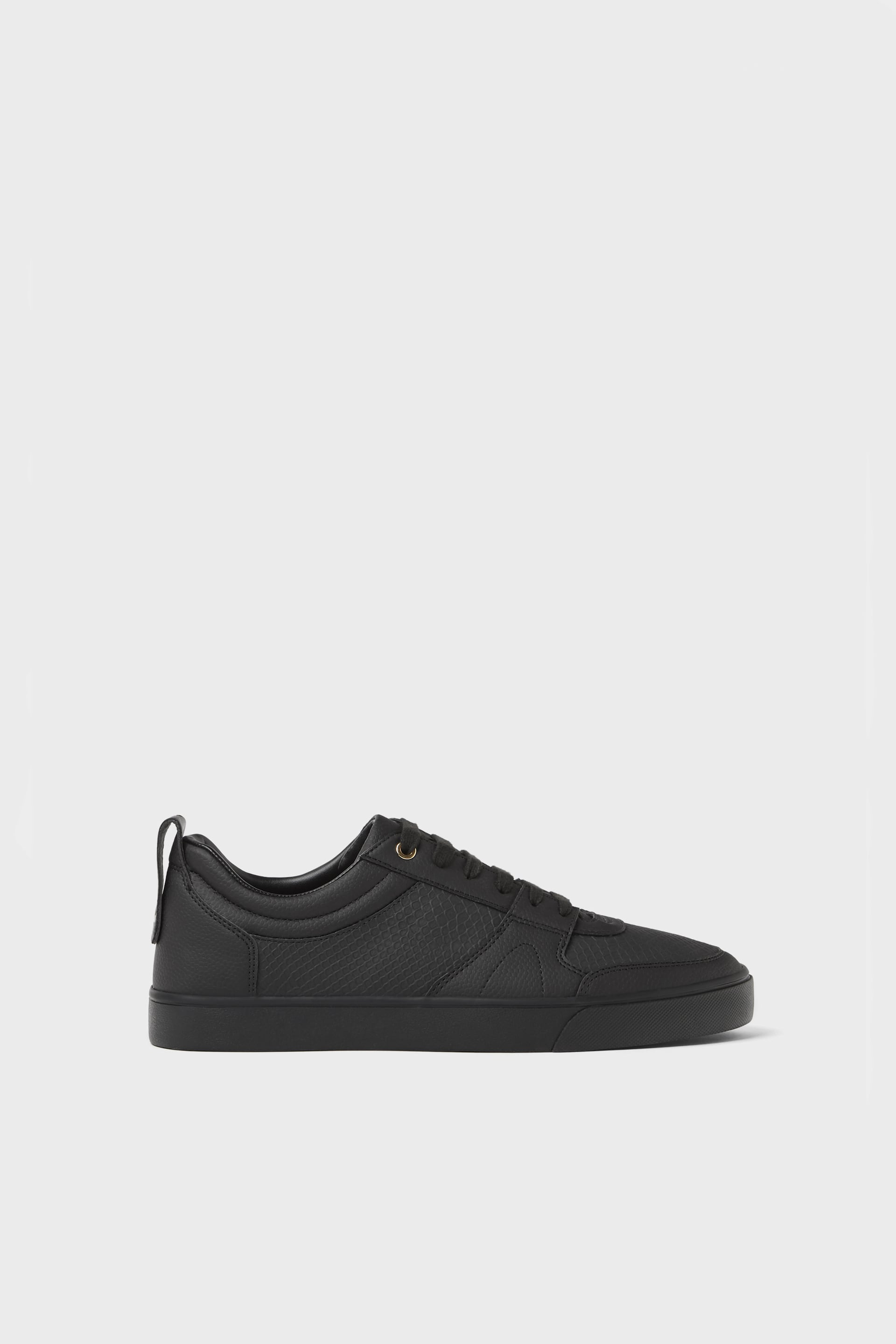 EMBOSSED BLACK PLIMSOLLS