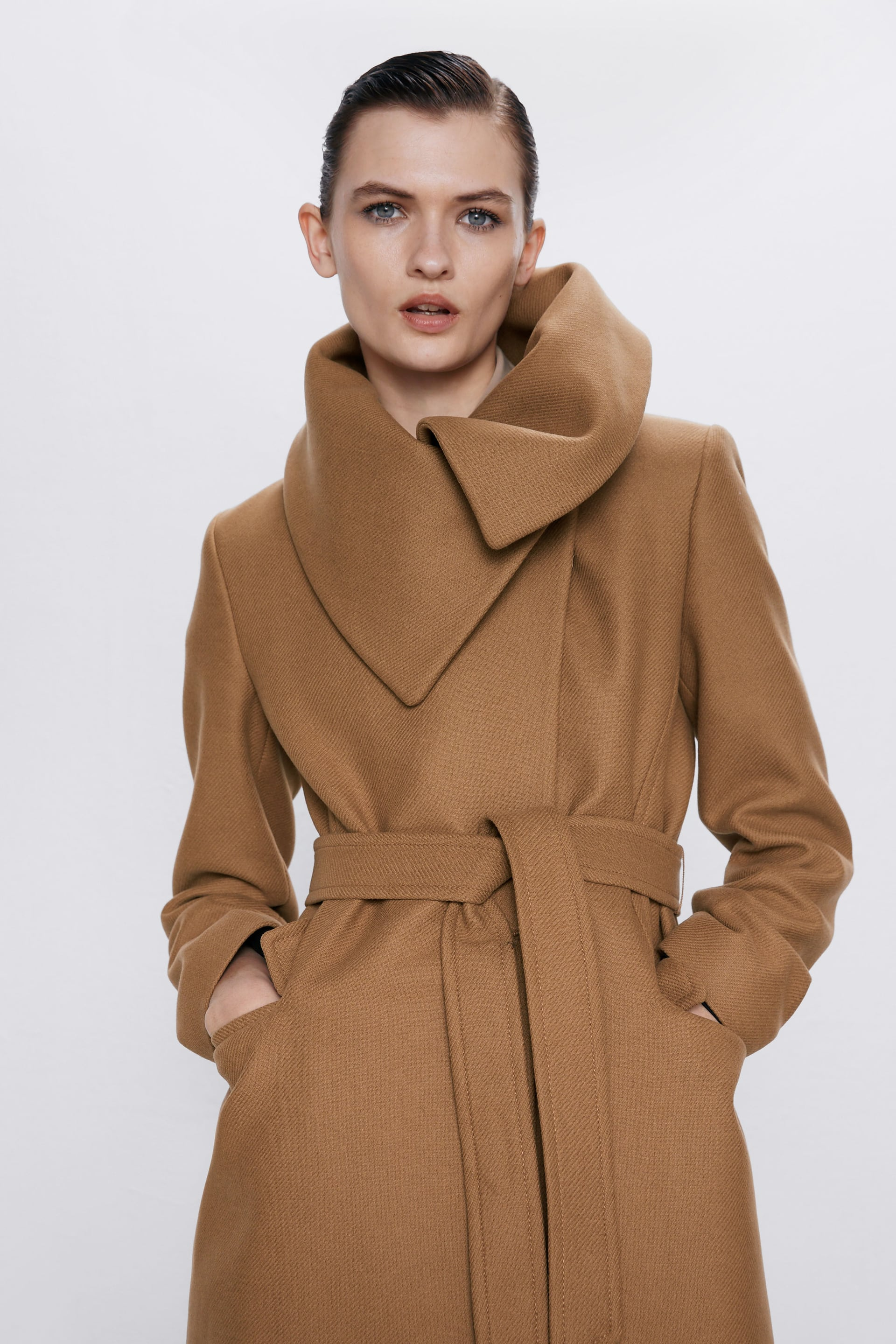 WRAPAROUND COLLAR COAT