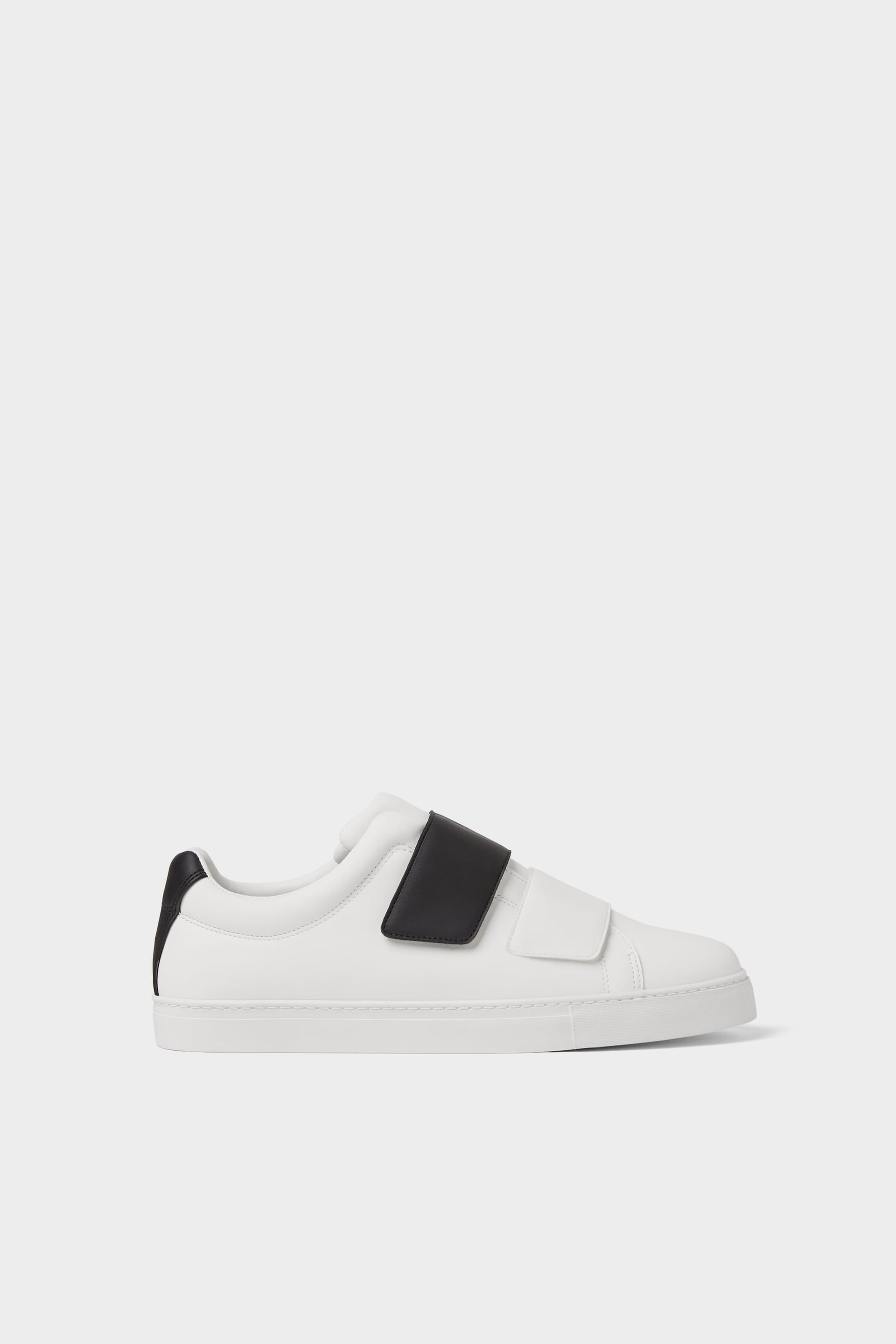 MINIMAL SNEAKERS WITH STRAPS