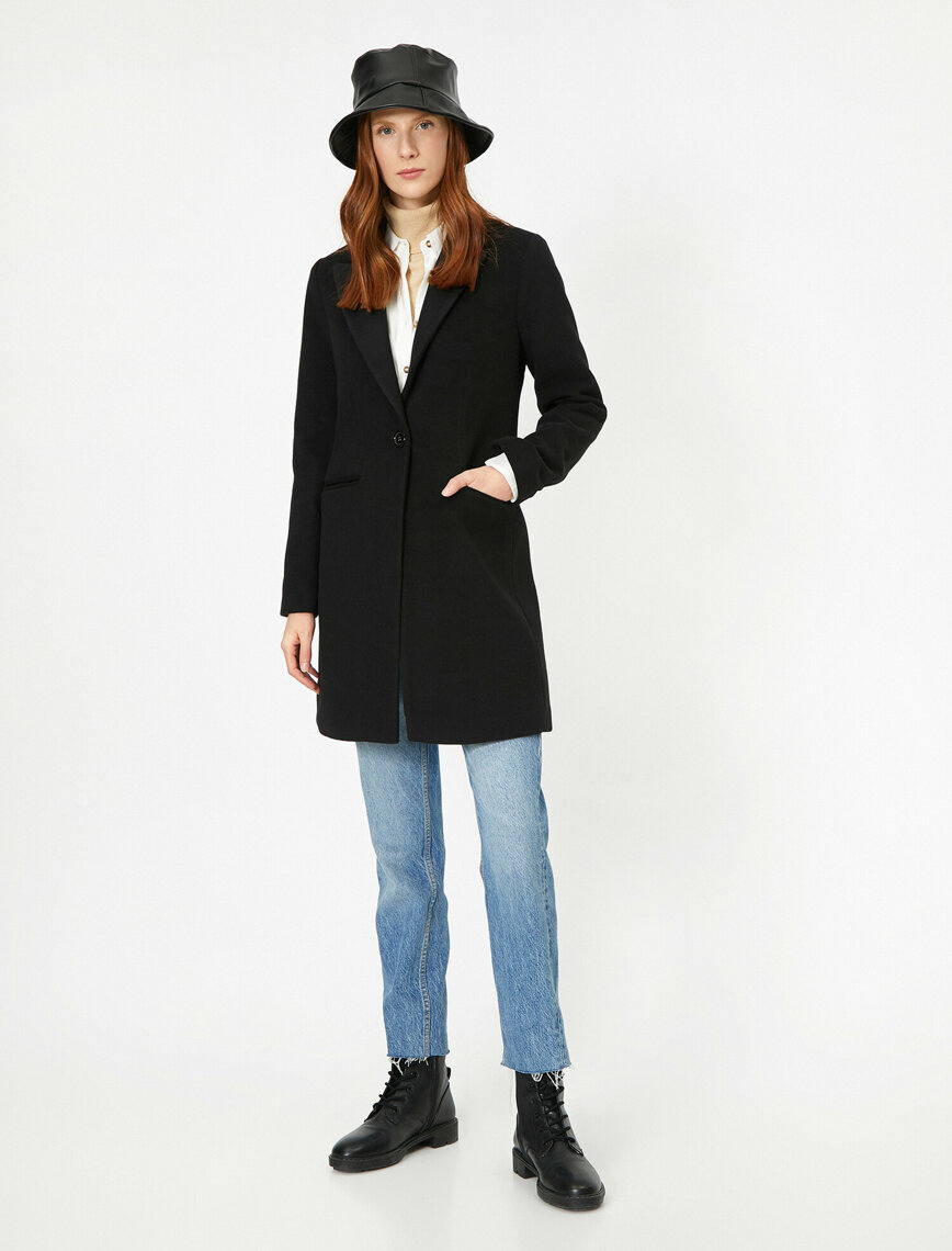 Pocket Detailed Coat - Black