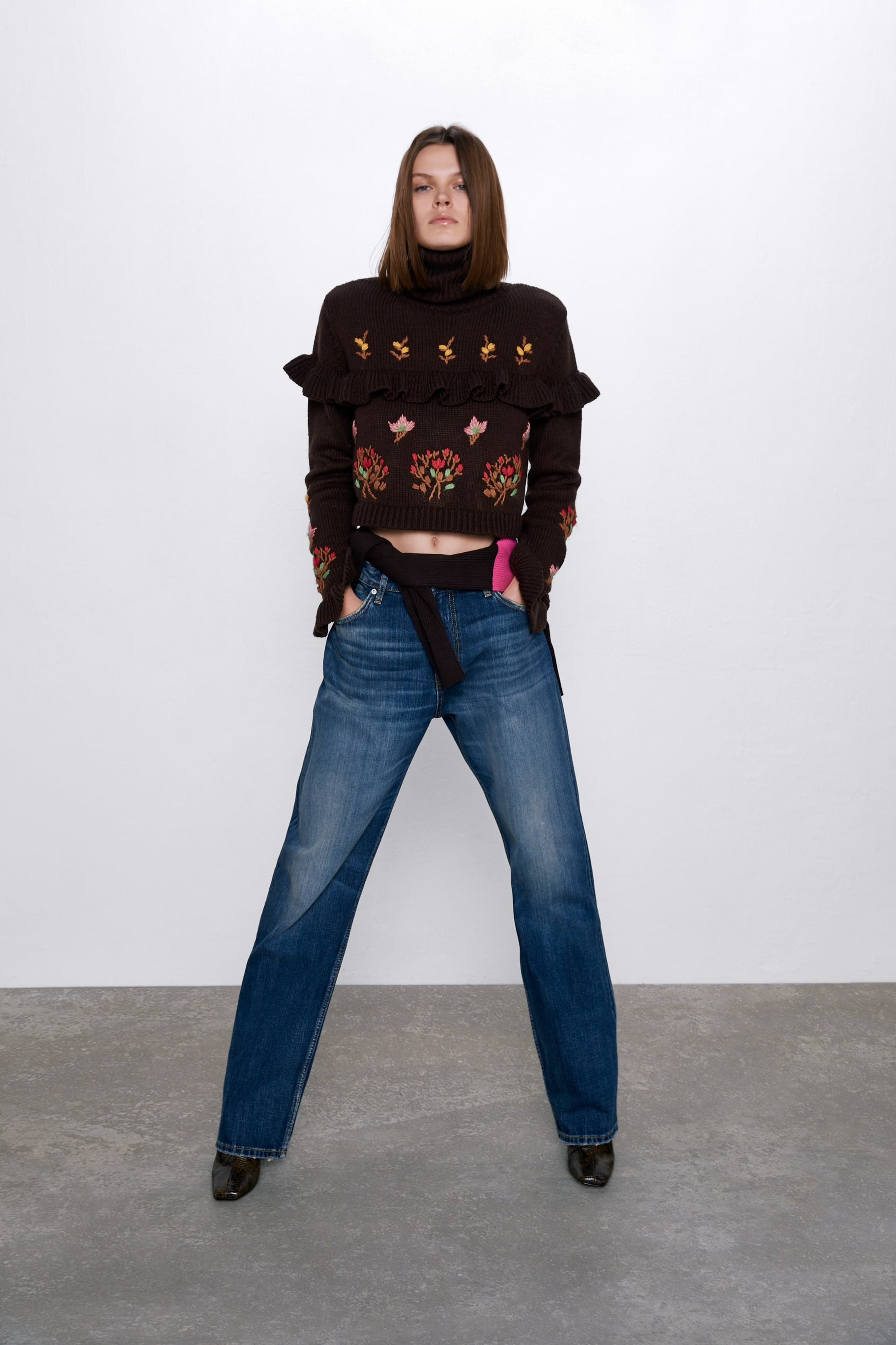 EMBROIDERED SWEATER WITH RUFFLES