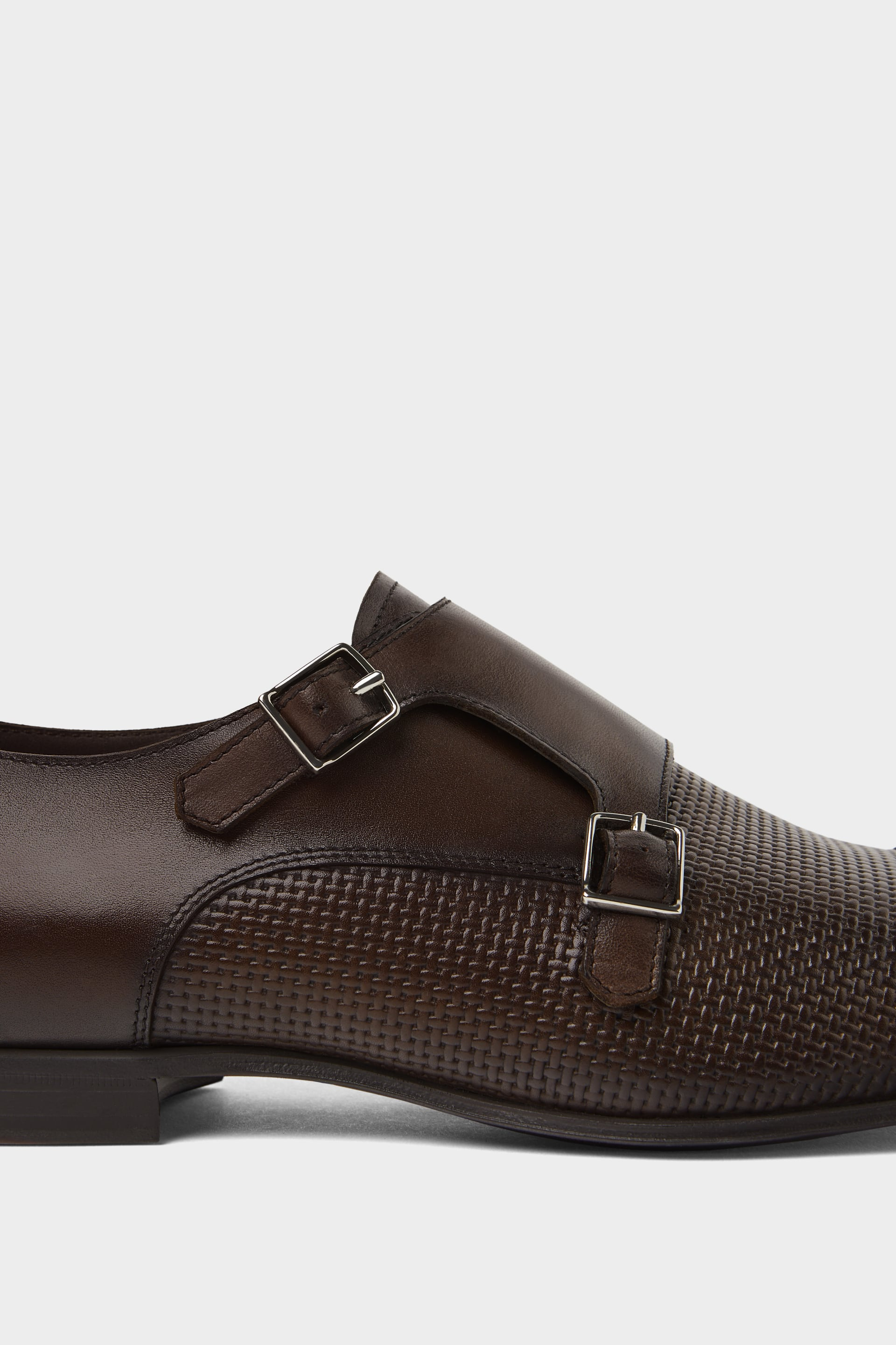 BROWN LEATHER SHOES WITH TWO BUCKLES