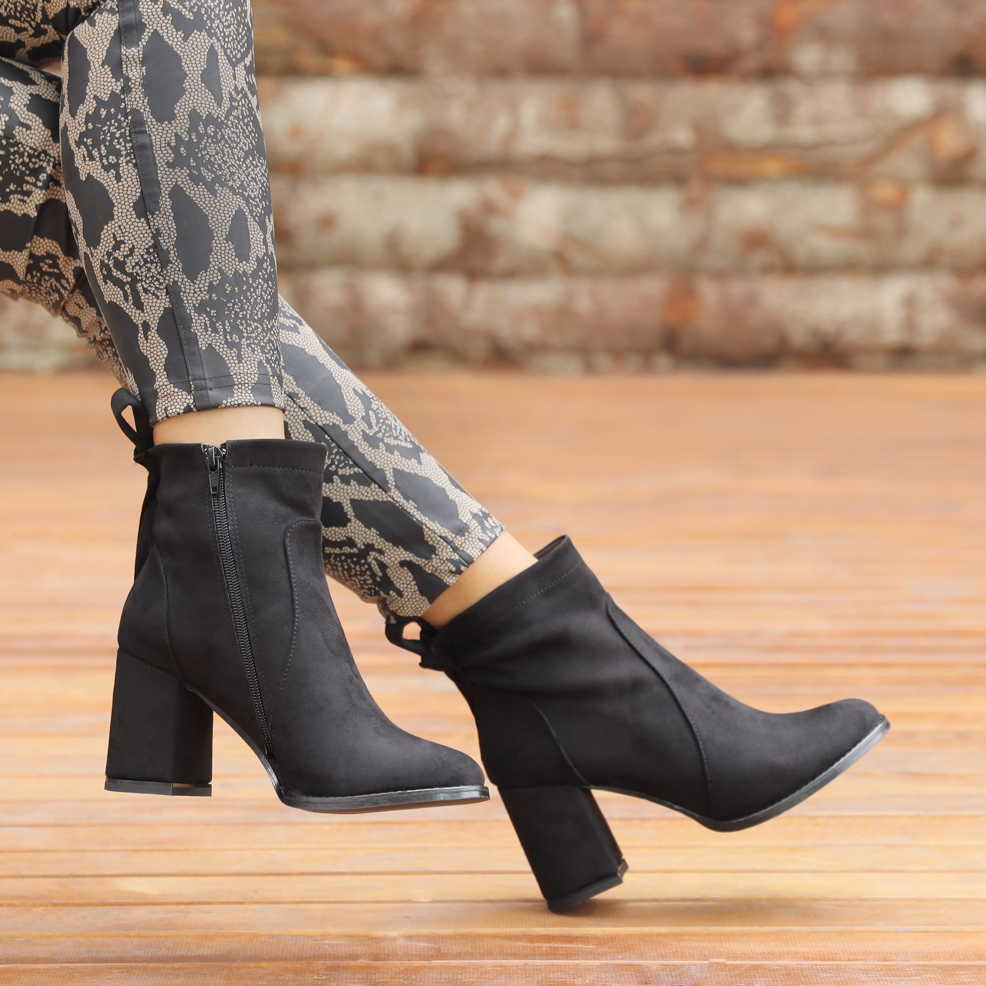 Poterson Suede Black Thick Heeled Boots