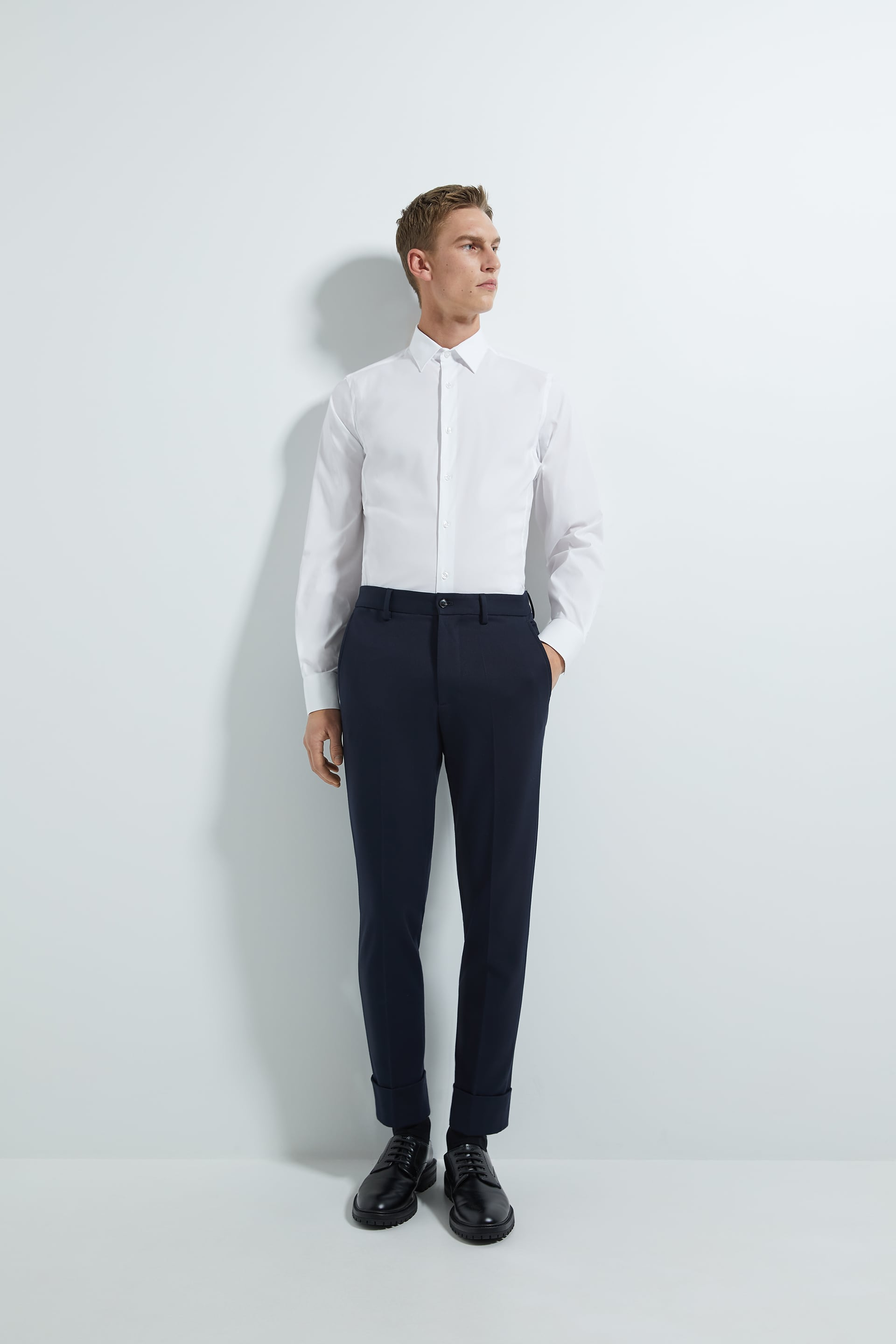 BASIC SUPER SLIM FIT SHIRT