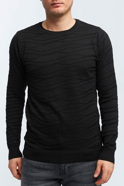 Men Black Crew Neck Smart Sweater - A82S5004