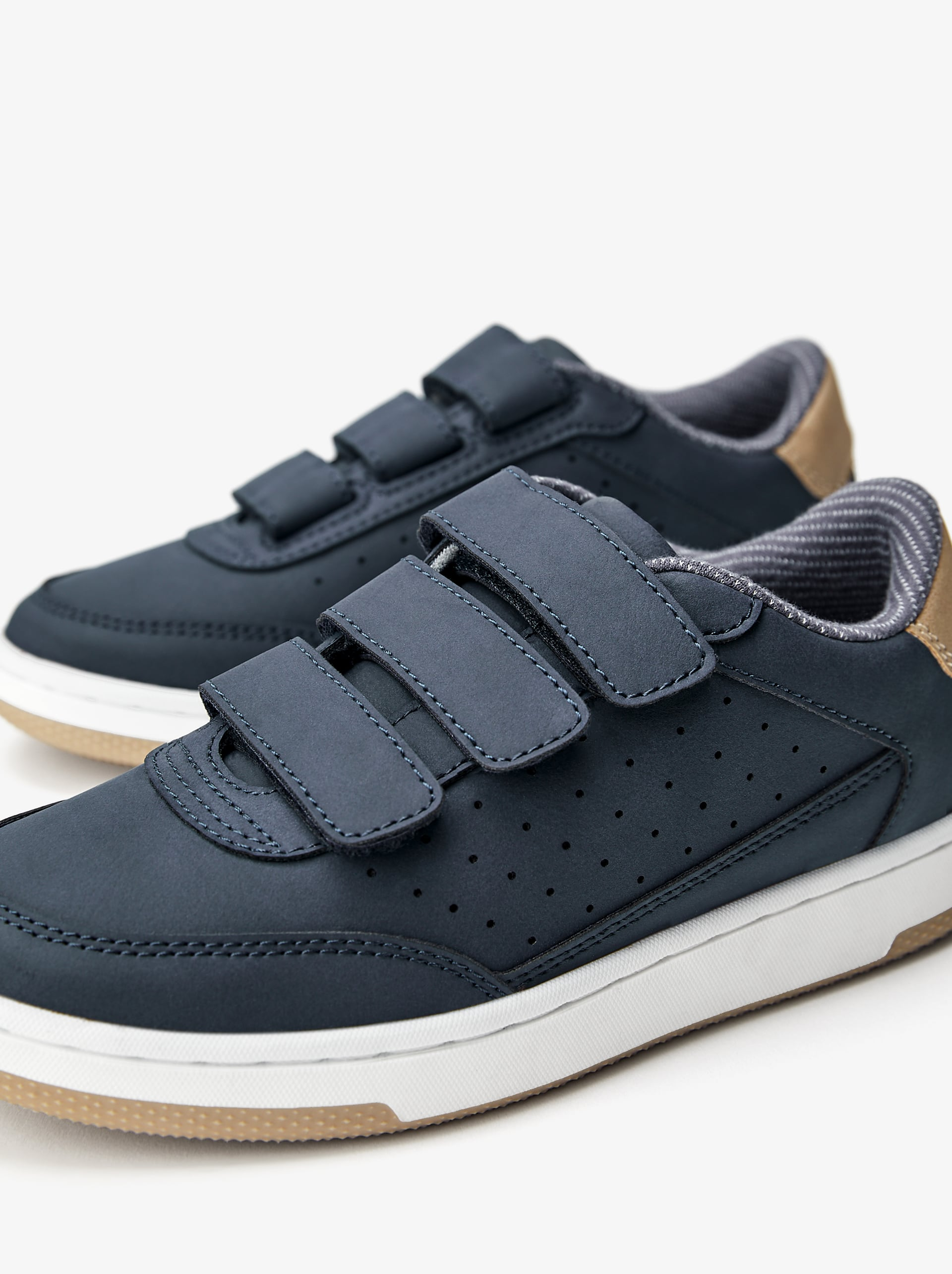 PLIMSOLLS WITH HOOK-AND-LOOP STRAPS
