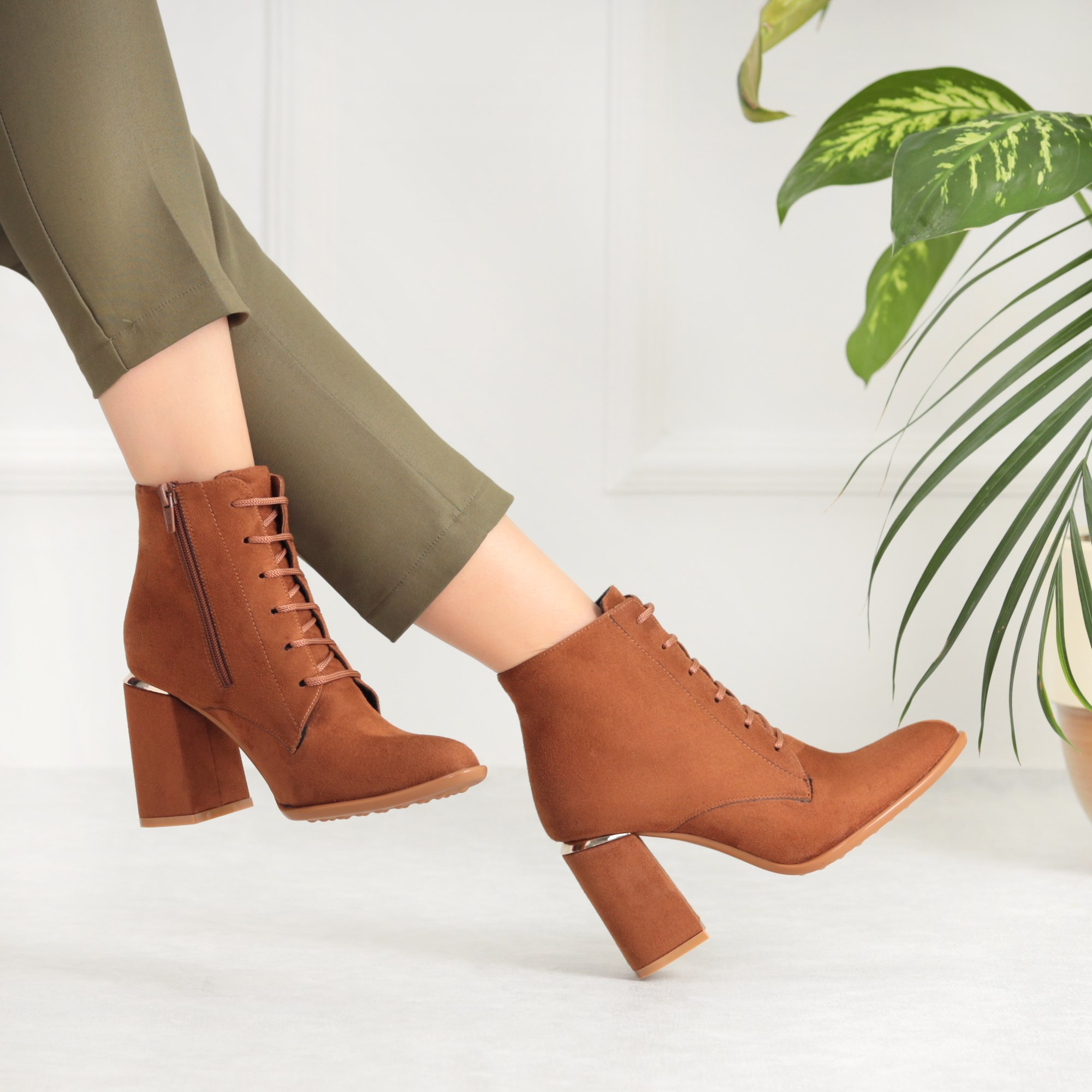 Hilden Suede Tan Color Thick Heeled Boots