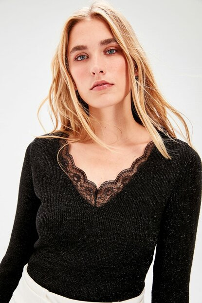 Black Lace Detailed Sweater TWOAW20HB0016