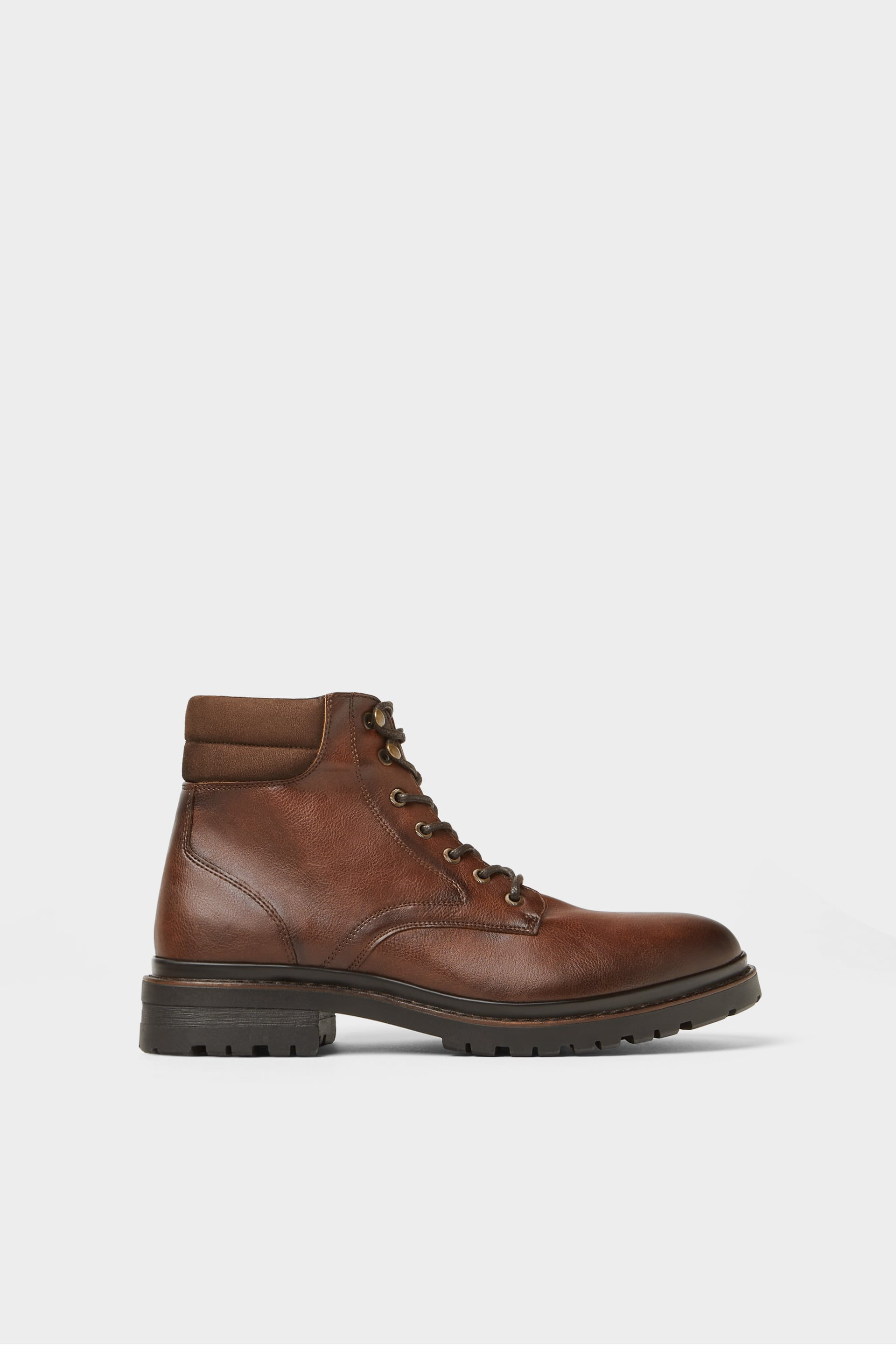 BROWN LACE-UP BOOTS WITH TRACK SOLE