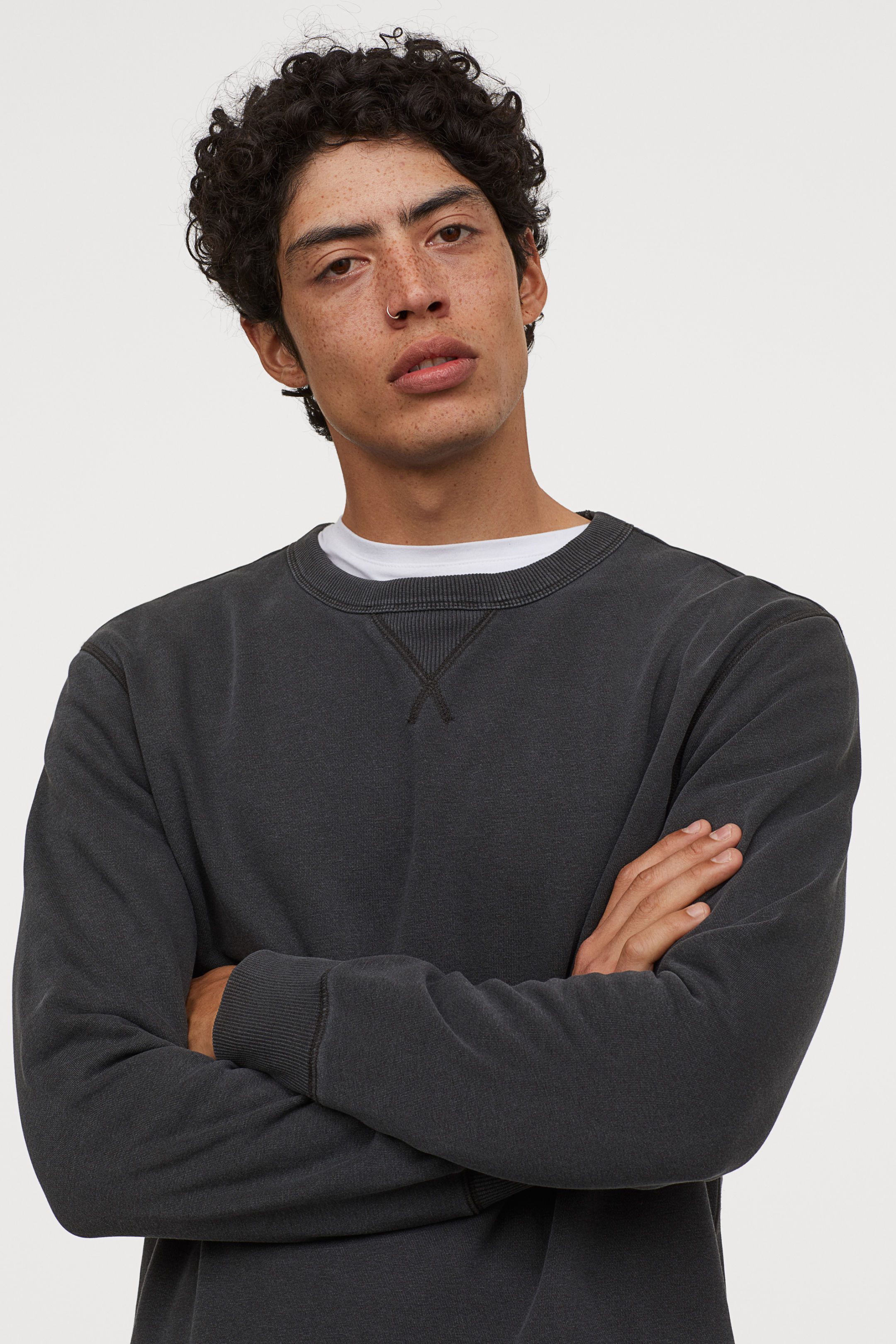 Casual Cut Sweatshirt