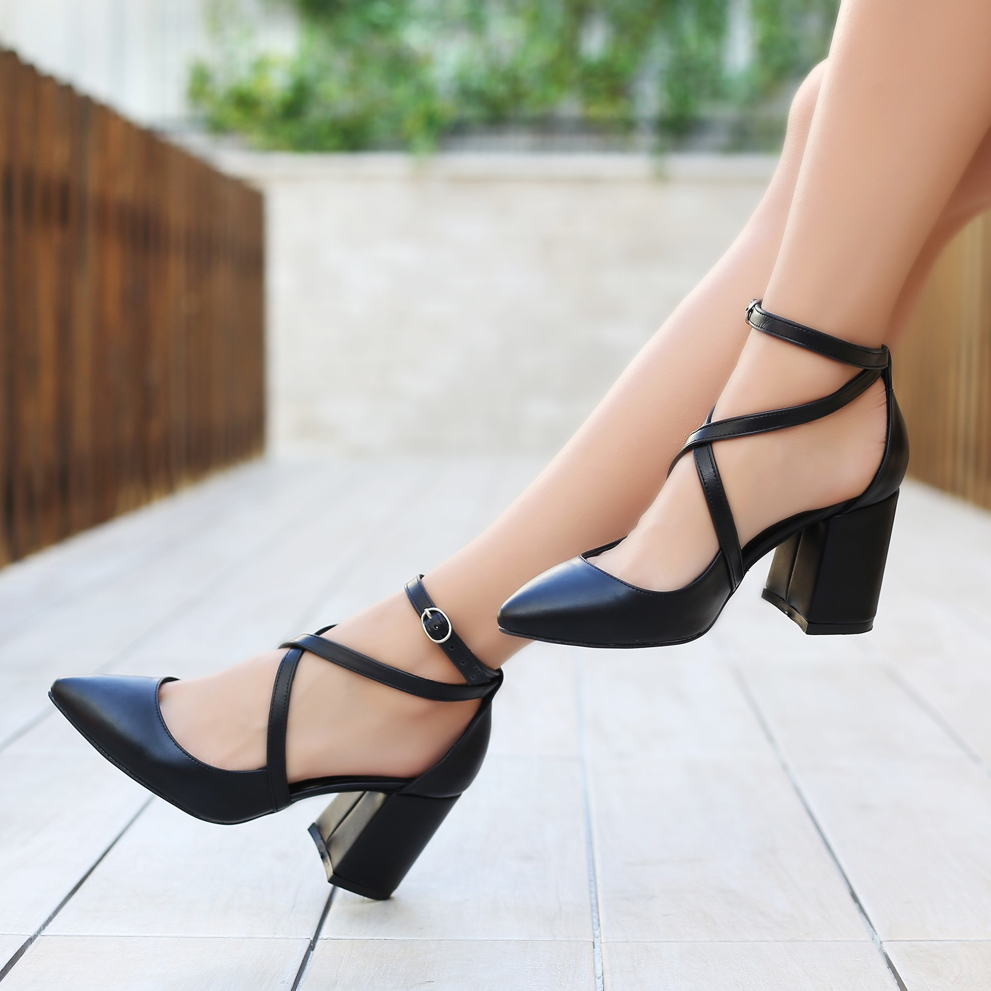 Katalin Black Short Heel Flats