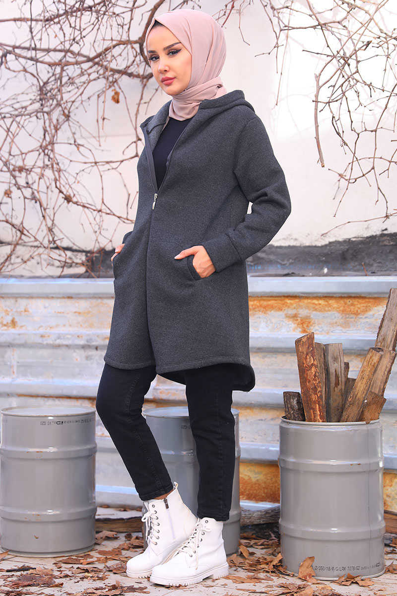 Oval Cut Anthracite Cardigan with Side Pockets