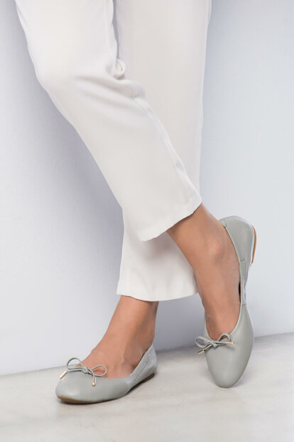 Genuine Leather Gray Women Shoes 120130002133