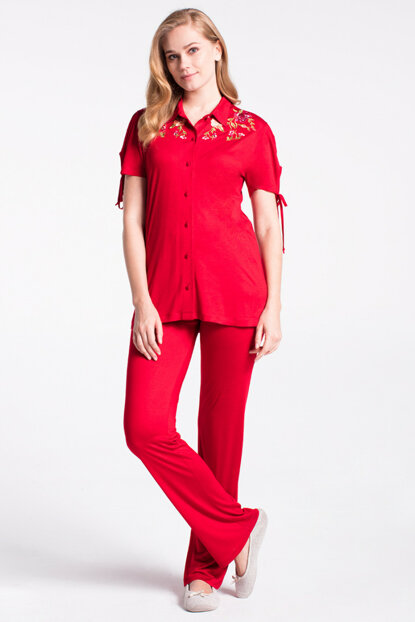 Women's Red Embroidered Shirt Short Sleeve Pajama Set B0218Y0020