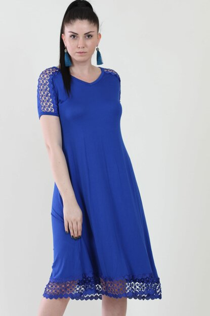 Women's Sax Sleeve And Skirt Tip Lace Detailed V Neck Viscose Dress 65N10893