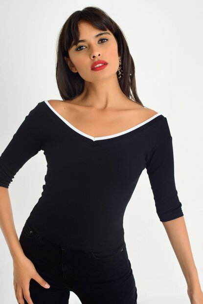 Women's Black Front Back V Blouse CY150