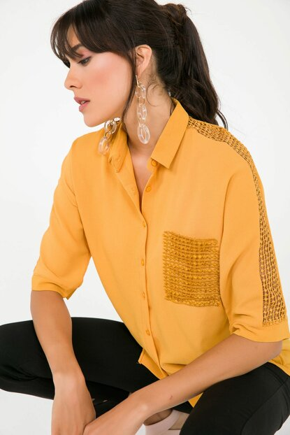 Women's Pocket And Sleeve Guipure Detailed Crepe Shirt Mustard S-19Y3650001