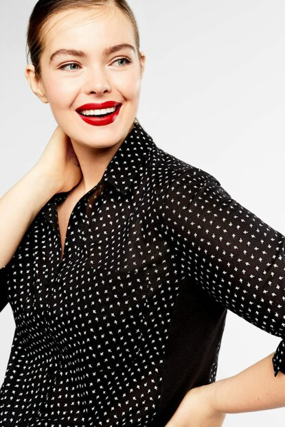 Women's Black Printed Shirt with Chest Pockets 53040403