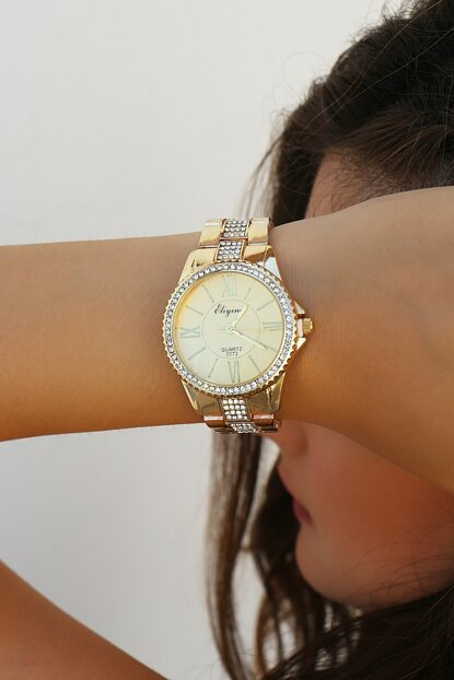 Gold Color Watch with Zircon Stone 8360062