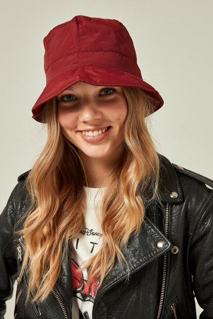 11325 Quilted Red Hat with Cord SPK-2081