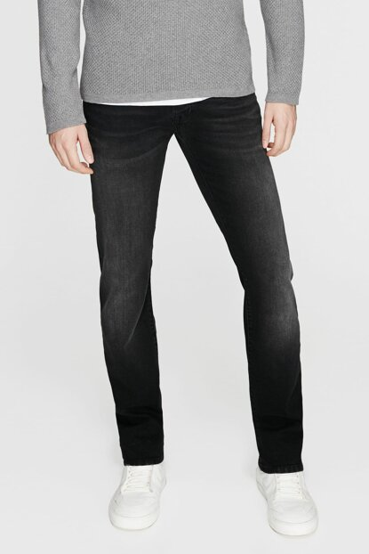 Men's Pierre Blue Black Jean 0020924224