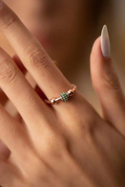Women's Top Pattern Emerald Sterling Silver Pandora Ring PKT-İZLASLVR00715