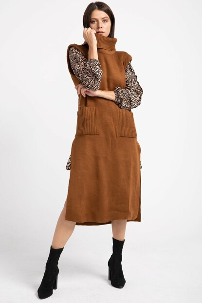 Women Taba Sides Buttoned Long Sweater Vest P-014976