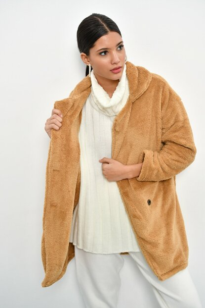 Women's Camel Plush Coat DA32