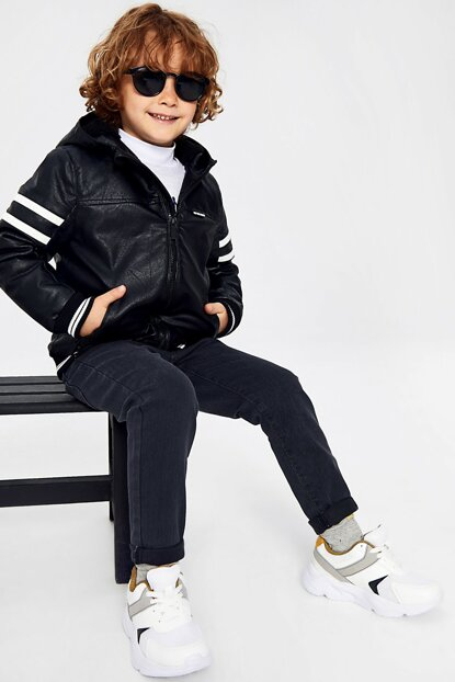 Boys' New Black Cvl Coat 9W3112Z4