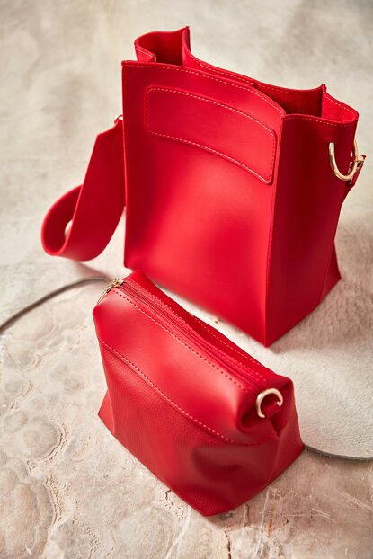 Red Women's Shoulder Bag K36194271