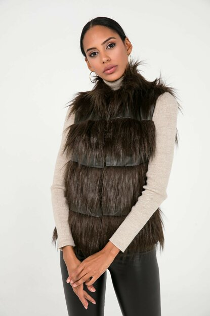 Women's Mink Leather Detailed Lined Short Imported Fur Vest S-20K3700005