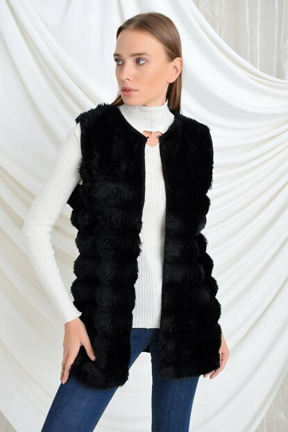 Women Black Fur Transverse Line Patterned Unlined Sleeveless Vest 9404151