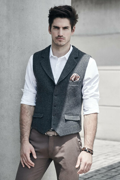 Men's Anthracite Vest - A82Y6521-44