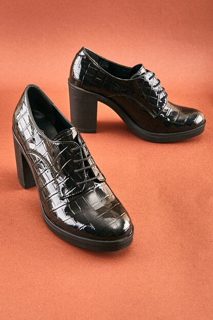 Black Women Casual Shoes K05384600