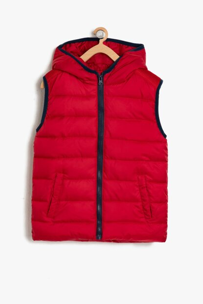 Red Boy Vest 9KKB36293OW