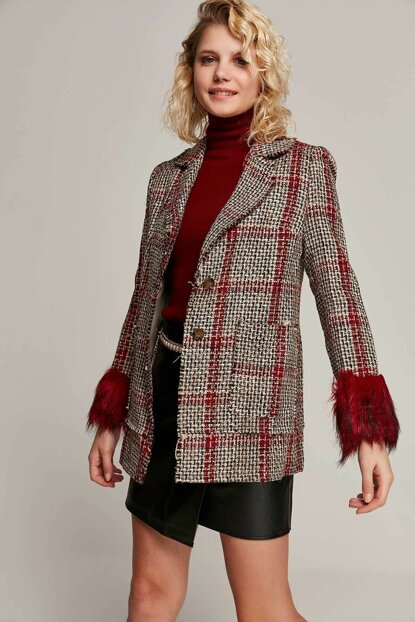 Women Red Sleeve Fur Detailed Plaid Jacket 6043 Y19W109-6043