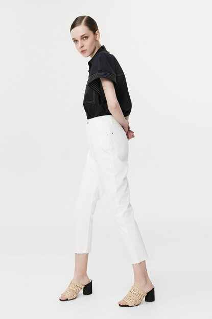 Women's Off White Jean IS1190018051