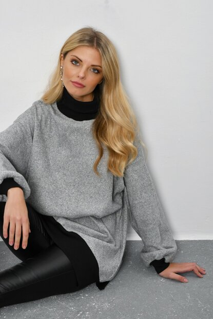 Women's Gray Turtleneck Loose Tunic DY24931