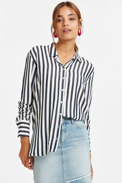 Women's Navy Blue Striped Shirt 8Wh553Z8 8WH553Z8