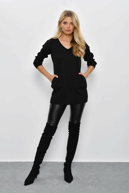 Women Black V Neck Sweater Tunic YV23