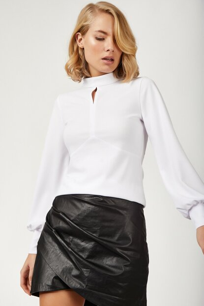 Women's White Balloon Sleeve Lycra Scuba Crep Blouse BL00094