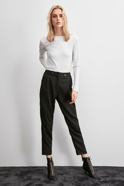 Black Pocket Detailed Trousers TWOAW20PL0561