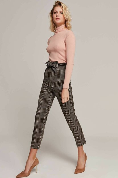 Women Beige Plaid Trousers 6457 Y19W110-6457