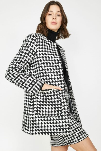 Women's Black Pocket Detailed Pattern Coat 9KAK06073EW