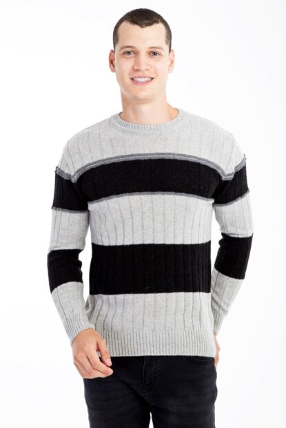 Crew Neck Pattern Sweater 81143