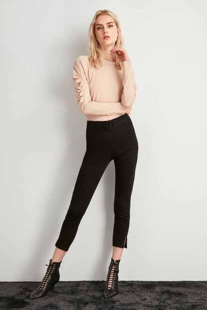 Black Binding Detailed Trousers TWOAW20PL0450